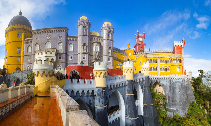 Kids in Portugal Pena Palace